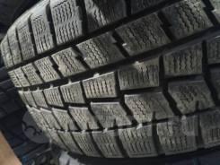 Dunlop. Зимние, без шипов, 2013 год, 10%, 2 шт