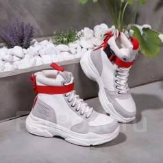 cf472230 Продам гламурные кроссовки - Обувь в Елизово