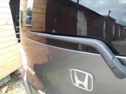 Дворник двери багажника. Honda Freed Spike Honda Mobilio Spike