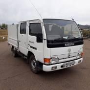 Nissan Atlas. Продаётся бортовой двухкабинный грузовик , 2 700куб. см., 1 500кг.