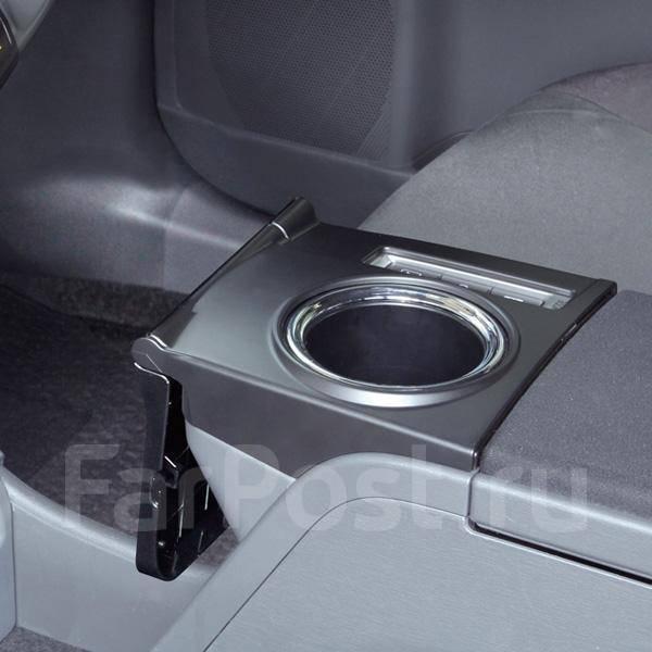 Консоль центральная. Toyota Prius a, ZVW41, ZVW41W Двигатель 2ZRFXE. Под заказ