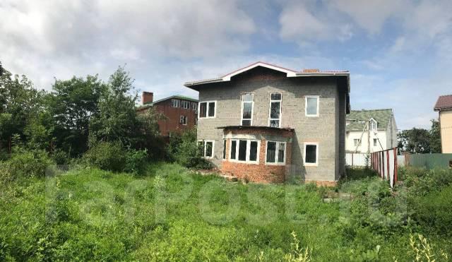 Продается дом от собственника. Переулок Соколиный 6, р-н Седанка, площадь дома 322кв.м., централизованный водопровод, электричество 30 кВт, от частн...