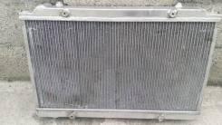 Радиатор охлаждения двигателя. Mazda RX-8