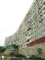 1-комнатная, улица Нейбута 87. 64, 71 микрорайоны, проверенное агентство, 36кв.м. Дом снаружи