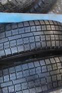 Toyo Garit G5. Зимние, без шипов, 2013 год, 5%, 2 шт