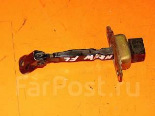 Ограничитель двери. Mitsubishi Chariot, N83W, N84W, N94W Mitsubishi Chariot Grandis, N84W, N86W, N94W, N96W Двигатели: 4G63, 4G64, 6G72