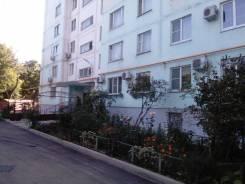 2-комнатная, улица Азовская 3. Центр, агентство, 52,0кв.м.