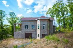Дом для большой семьи в лесном массиве на Второй речке. Улица Раевского 47а, р-н Вторая речка, площадь дома 372кв.м., скважина, электричество 15 кВт...