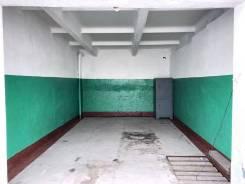 Гаражи капитальные. улица Карбышева 27, р-н водоканал, 20кв.м., электричество, подвал.