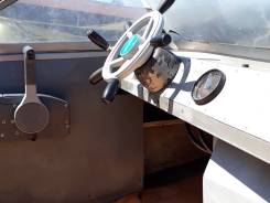 Амур. 1994 год год, длина 5,60м., двигатель подвесной, 100,00л.с., бензин