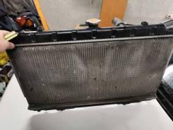 Радиатор охлаждения двигателя. Nissan Bluebird Nissan Primera Nissan AD