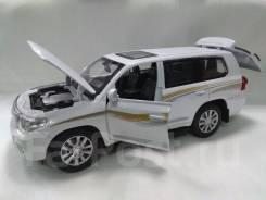 Модель 1:32 Toyota Land Cruiser 200 звук+свет+сигналка