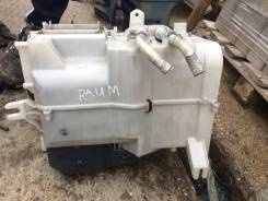 Мотор печки. Toyota Raum