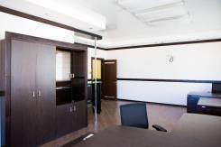 Продается просторный офис на Авангарде. Улица Капитана Шефнера 2, р-н Центр, 140кв.м. Интерьер