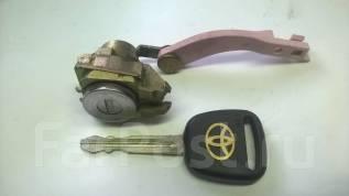 Личинка замка. Toyota RAV4, ZCA26W