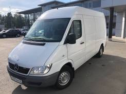 Mercedes-Benz Sprinter. Мерседес спринтер, 2 200 куб. см., 1 500 кг.