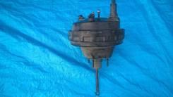 Вакуумный усилитель тормозов. Ford Expedition Lincoln Navigator