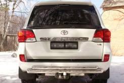 Накладка на стоп-сигнал. Toyota Land Cruiser, GRJ76K, GRJ79K, J200, URJ202, URJ202W, VDJ200 Двигатели: 1GRFE, 1URFE, 1VDFTV, 3URFE