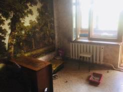 2-комнатная, улица Горького 68. 16 школа, агентство, 55кв.м.