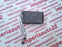 Радиатор отопителя. Audi A4, 8E2, 8E5, 8EC, 8ED, 8H7, 8HE Audi S4, 8E2, 8E5, 8EC, 8ED, 8H7, 8HE Audi RS4, 8HE Двигатели: AKE, ALT, ALZ, AMB, AMM, ASB...