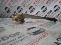 Ручка ручника. ГАЗ 31105 Волга