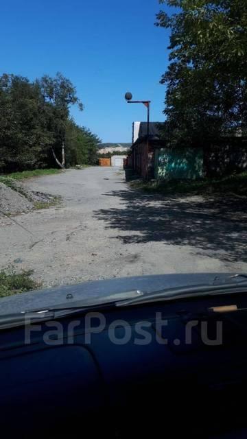 Гаражи кооперативные. улица Сабанеева 15, р-н Баляева, 60кв.м., электричество, подвал.