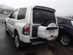Бампер задний центральная часть Mitsubishi Pajero