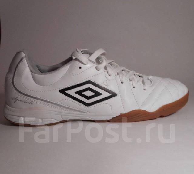 1e83b7df Бутсы мини-футбольные Umbro Speciali 4 club ic во Владивостоке - Обувь