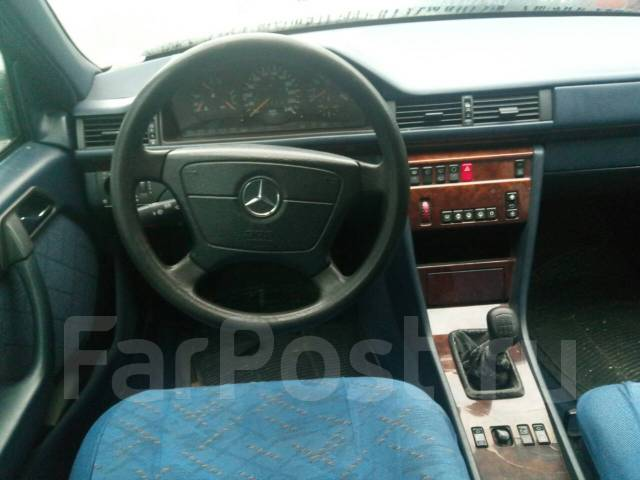 Плафон салона (фонарь) Mercedes W124 (E Class)