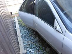 Дверб правая задняя, цвет 040, Toyota Mark II Qualis 99, MCV21, 2MZ-FE