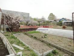 Угольная, дом с участком сдается, рядом остановка транспорта, школа. От агентства недвижимости (посредник). Вид из окна
