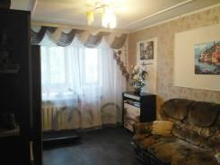 2-комнатная, улица Ленинградская 21а. Центр, частное лицо, 49кв.м.