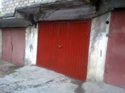 Продам гараж в Севастополе на 2 машины. улица Маршала Бирюзова 36, р-н Ленинский, 42кв.м., электричество, подвал.