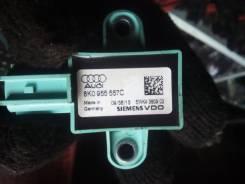 Датчик airbag. Audi: RS Q3, Q5, A5, A4, A4 allroad quattro, Q3, RS5, S5, RS4, S4 Двигатели: CTSA, CZGA, CZGB, AAH, CAEB, CAGA, CAGB, CAHA, CAHB, CALB...