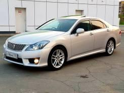 Toyota Crown. С водителем