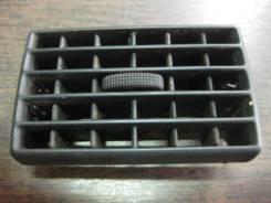 Решетка вентиляционная. Audi 80, 89/B3
