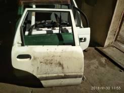 Дверь правая задняя Nissan AD YFV10
