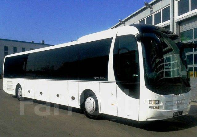 """Водитель автобуса. МПВ """"ВПОПАТ №1"""". Г. Владивосток, ул. Корнилова,15 А"""