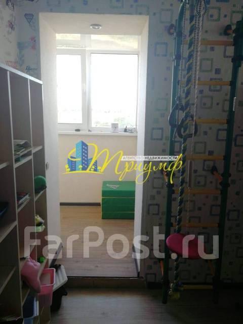 3-комнатная, улица Можайская 24. Патрокл, агентство, 68кв.м.