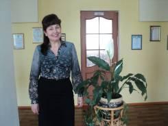 Няня-воспитатель. Высшее образование по специальности, опыт работы 34 года