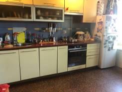 4-комнатная, проспект 100-летия Владивостока 159а. Заря, частное лицо, 84,0кв.м. Кухня