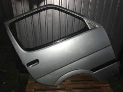 Дверь передняя правая Toyota Hiace LH178