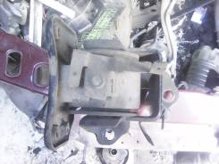Кронштейн кпп. Mitsubishi Chariot, N33W, N34W, N38W, N43W, N44W, N48W 4D68, 4G63, 4G63T, 4G64