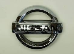 Эмблема решетки (или предней панели) Nissan SAFARI