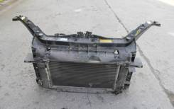 рамка радиатора(телевизор) mazda2(dy)