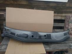 Решетка под дворники в сборе Toyota Harrier