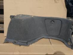 Обшивка багажника правая Toyota Harrier