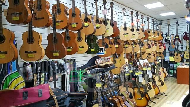 """Большой выбор классических и акустических гитар в магазине """"Мелодия"""""""