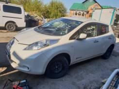 Nissan Leaf. AZE0207108, EM57