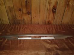 Накладка замка багажника с аукционного автомобиля без пробега Toyota Ipsum